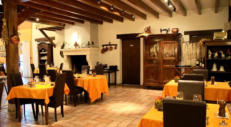 Salle du restaurant - Auberge des Moissons