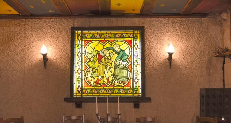 Vitrail décoratif - Caveau Vilmart
