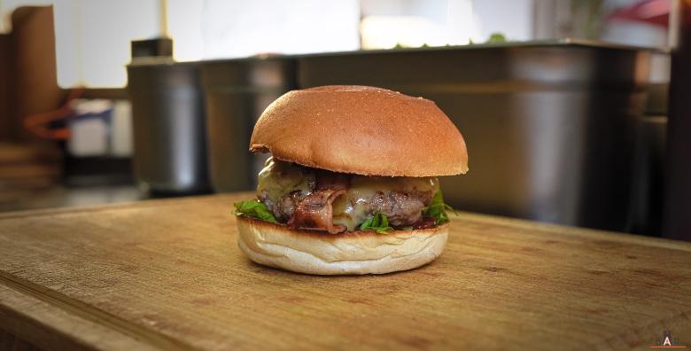 sacre-burger-1