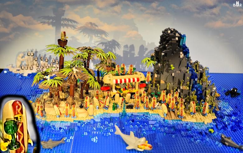 Lego Sandwich Island